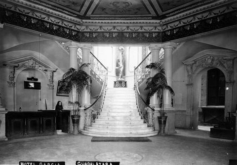 Lobby del Hotel García, 1910