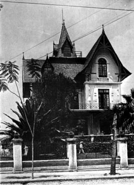 Chalet Álvarez del Castillo