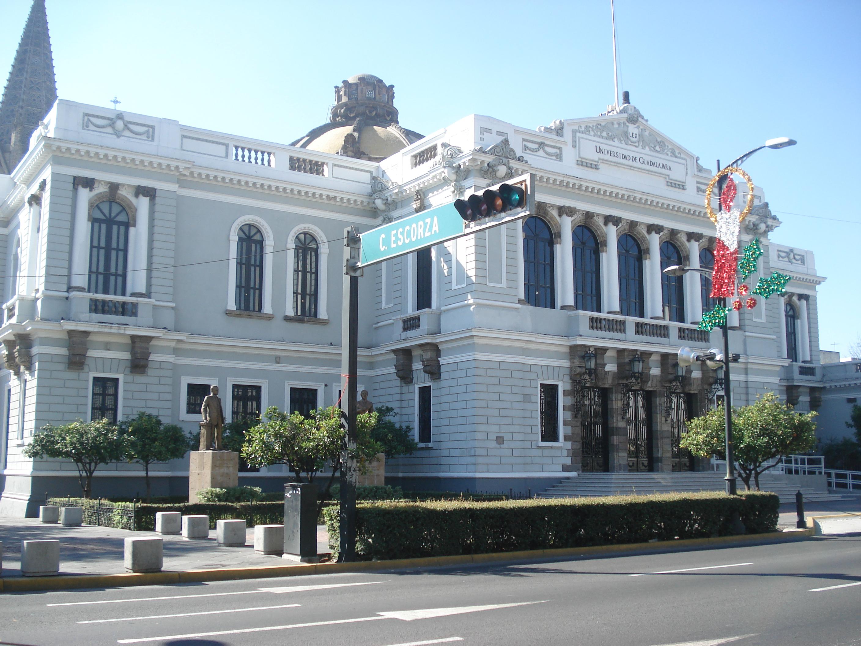 Ficha av ju rez 975 paraninfo de la universidad de for Universidades que ofrecen arquitectura