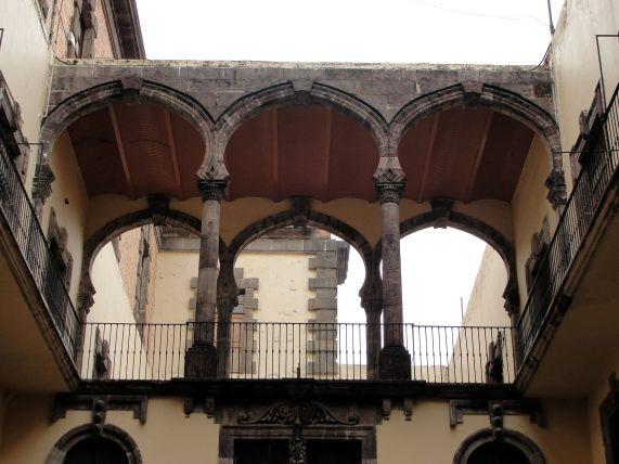 Arcos estilo morisco