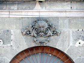 Mascaron en fachada