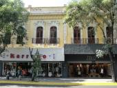 Locales sobre Av. Juárez