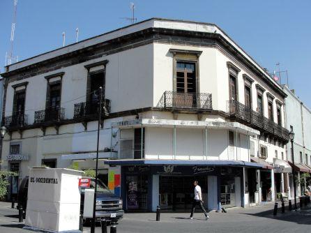 Típico edificio modificado