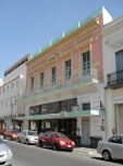 Edificio en la calle Morelos