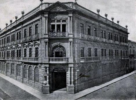 El Hotel García, en una postal de 1910.
