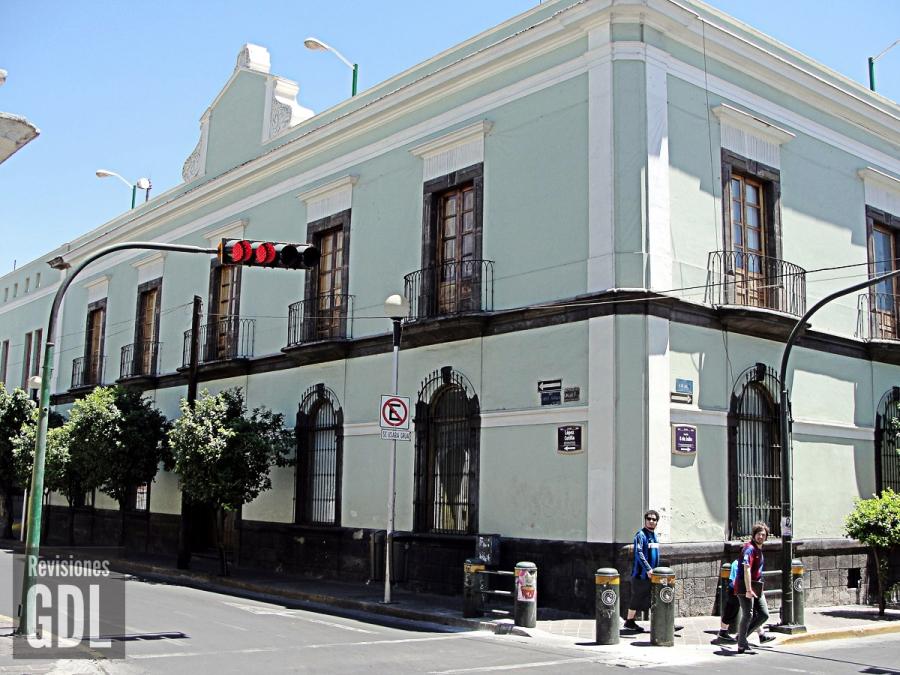 Lopez Cotilla 595