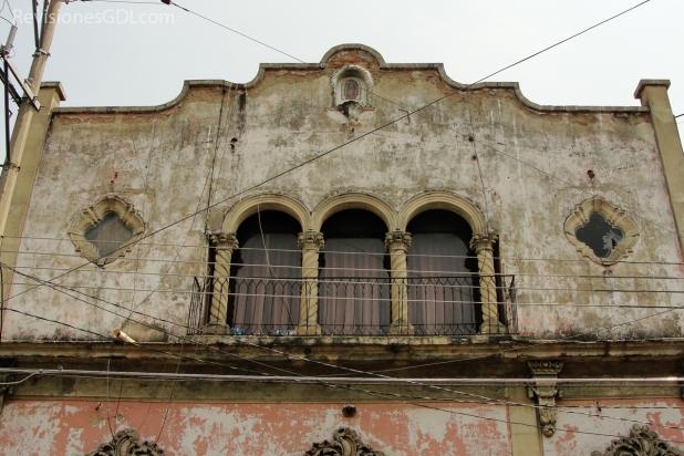 Segunda planta neo-colonial