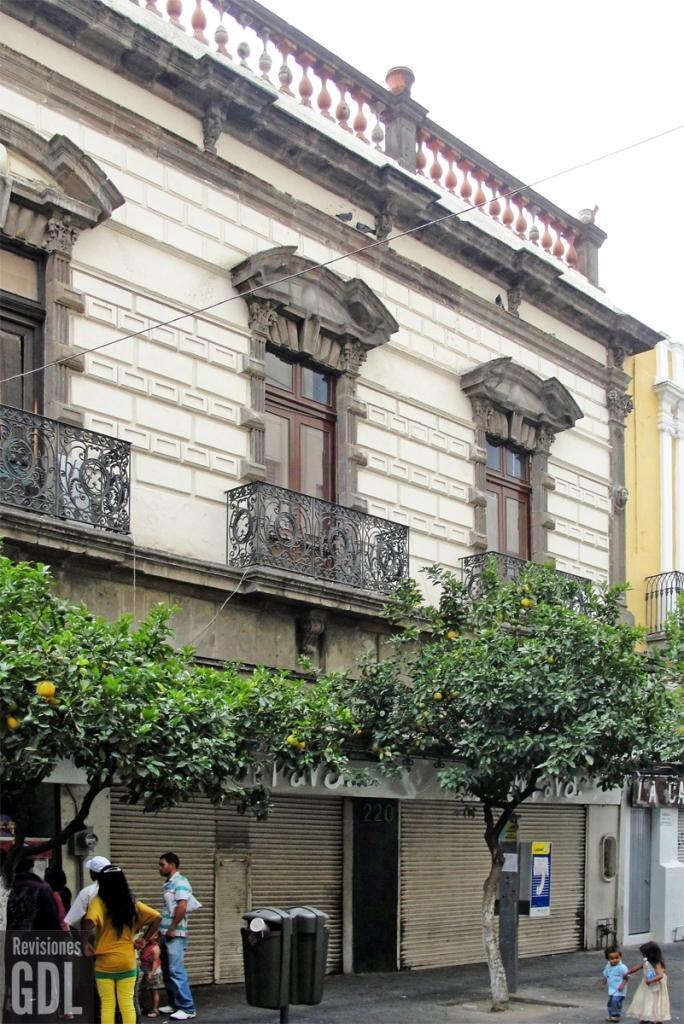 Pedro Moreno 222 c