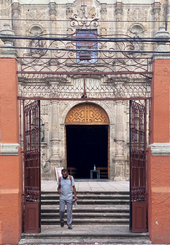 Detalle de la entrada del atrio, San José de Analco (Foto: Xavier Iturbide)